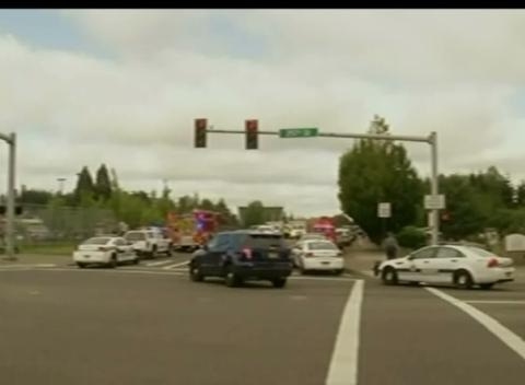 News video: Student, Suspect Dead in Oregon High School Shooting